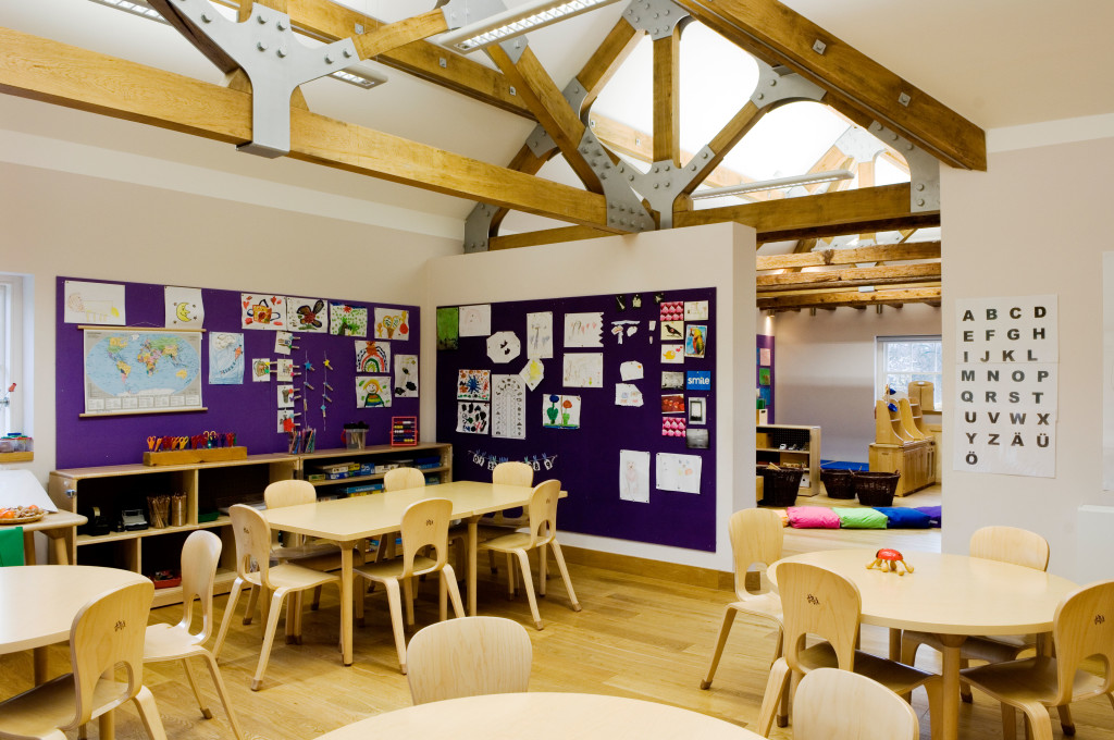 junior school classroom at the German School in Ham, by 3S Architects. Image shot 2006. Exact date unknown.